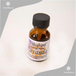 aceite de lavanda puro en envase de 10 cc