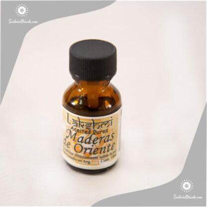 aceite de madera de Oriente puro