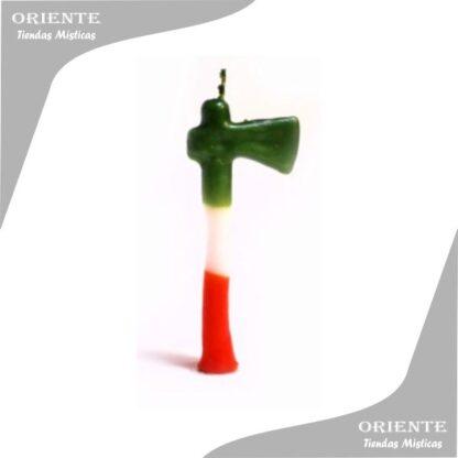 vela de forma hacha con colores de san jorge verde arriba blanco en el medio y rojo en la base