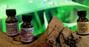 fondo hojas verde madera palo santo aceite de loto lavanda limón