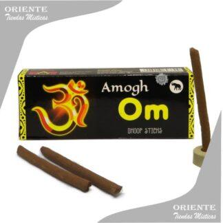 sahumerio incienso doop om darshan caja negra letras amarillas con 3 barras de sahumerios y un portasahumerio