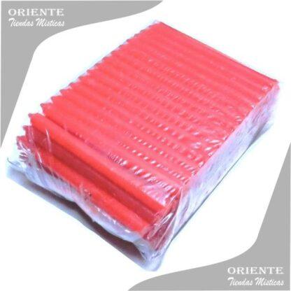 paquete por 100 velas rojas largas de parafina