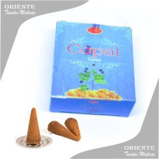 cono de copal en caja color celeste con 3 conitos aromaticos