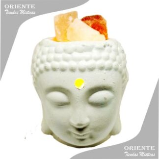 lampara de ceramica con la cabeza de buda en blanco y piedras del himalaya dentro de la misma