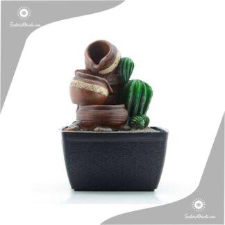 fuente de agua con cuencos y cactus de 17 cm de alto